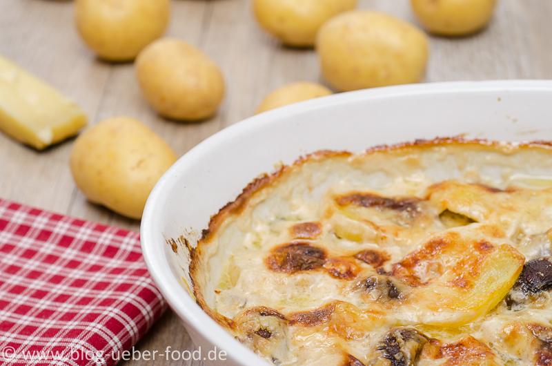 Kartoffelgratin frisch aus dem Ofen