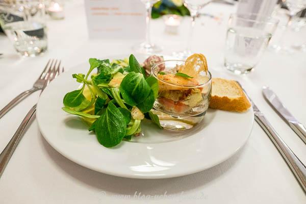 Vorspeise mit Salat und Garnele