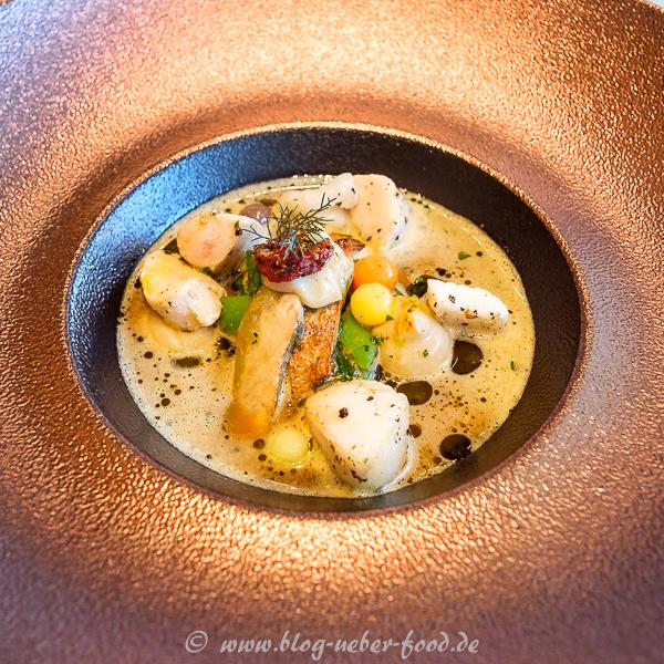 Ein weiterer Gruß aus der Küche: Fischsuppe